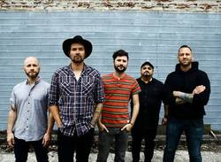 Interviews: Taking Back Sunday
