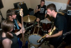 Records: Bridge & Tunnel Stream New Album