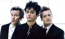 Records: Green Day announces new album in October