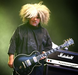 Records: New Melvins, new bassist(s)
