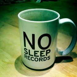 Labels: Spill signs with No Sleep