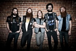 Bands: Valient Thorr in studio