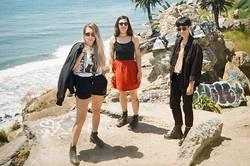 Records: lié unveil a new single/video