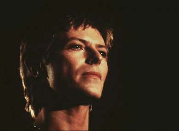 """Top 10 Songs From the New David Bowie Boxed Set """"A New Career in a New Town"""""""