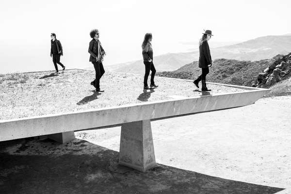 Alice in Chains releases new song