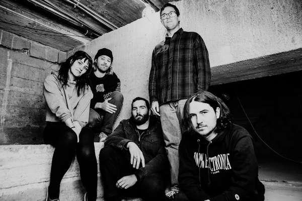 Gouge Away cover The Pixies, tour with Circa Survive