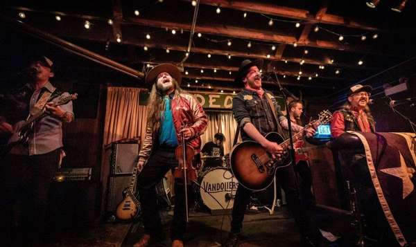 Vandoliers cover The Proclaimers, plan 2020 tours